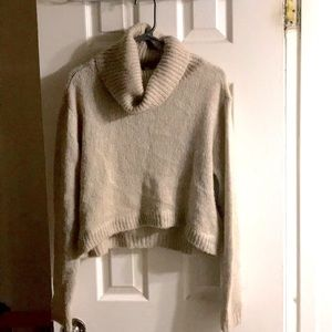 H&M Divided beige wool turtleneck sweater size 10